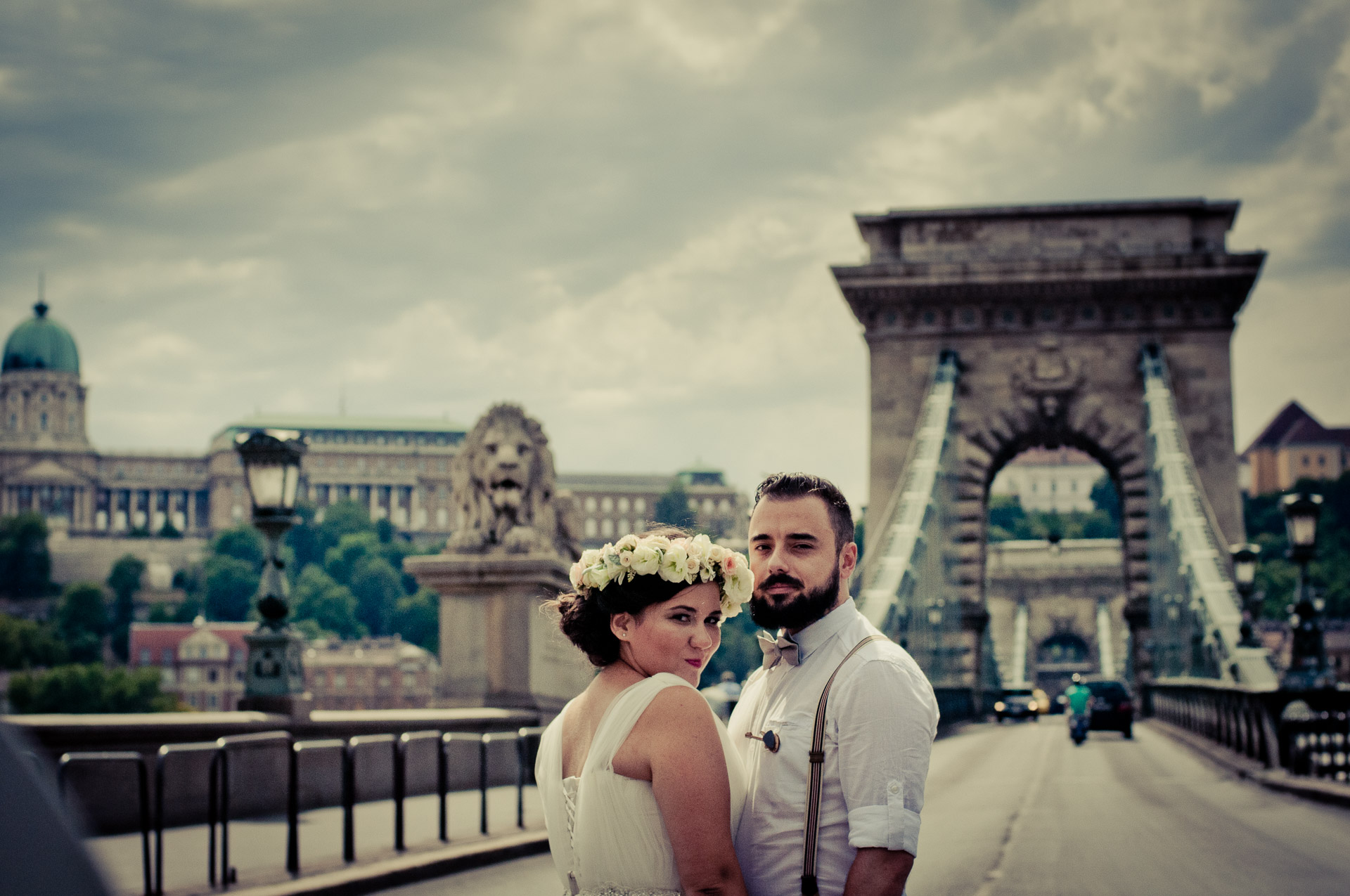 Best elopement and honeymoon place in Europe is Budapest city - super romantic backdrop with Chain brigde